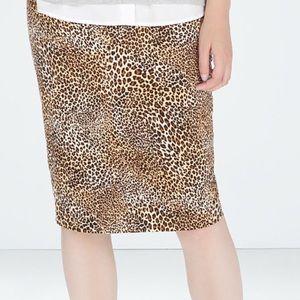 Zara leopard pencil skirt